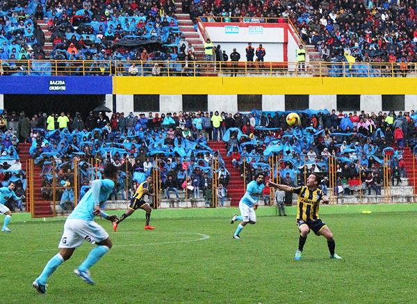 Pablo Lavandeira fue decisivo en el triunfo de Sport Rosario ante Cristal (Foto: Antony Cuper / Visión Deportiva Huaraz)