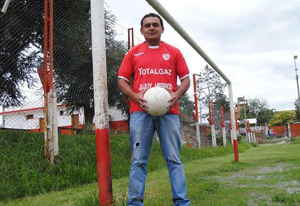 Gustavo Coronel en su Jujuy natal y en su hábitat natural: el arco. (Foto: Todo Jujuy)