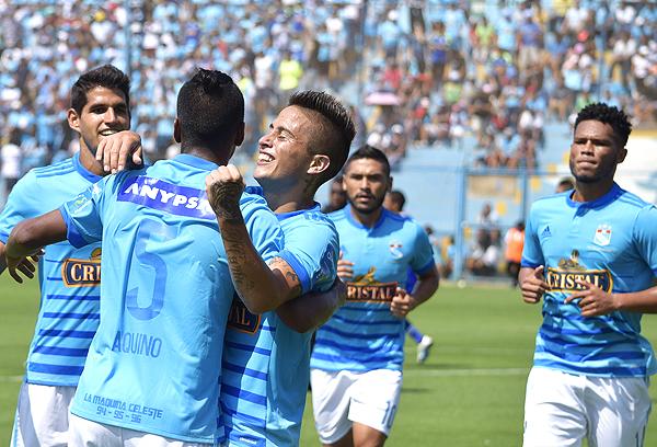 Cristian Ortiz encontró su lugar en Cristal. El argentino espera seguir por la senda correcta. (Foto: Raúl Chávarry / DeChalaca.com)