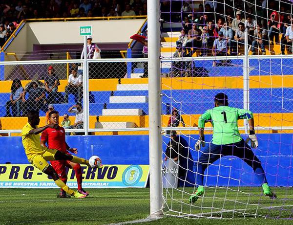 Cisneros tuvo un buen desempeño en Cutervo. (Foto: prensa Comerciantes Unidos)