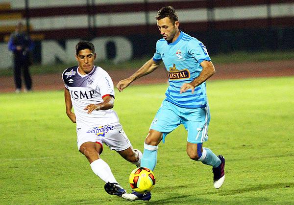 Ramiro Cáseres se encargó del triunfo de la San Martín en el Callao. (Foto: prensa Sporting Cristal)