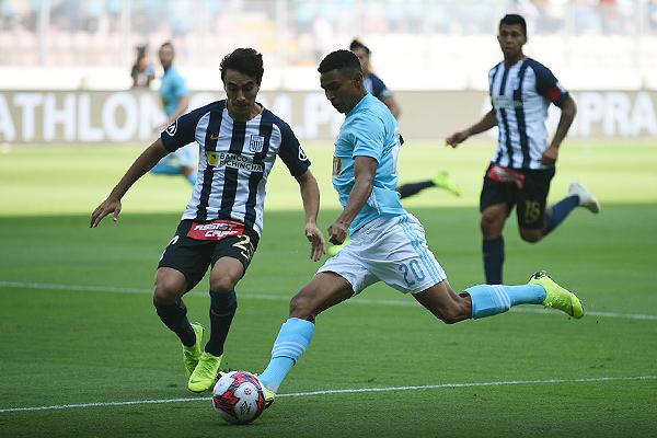 Marcos López fue uno de los jugadores más explosivos del cuadro rimense. Su aporte fue crucial para el título. (Foto: Álex Melgarejo / DeChalaca.com)