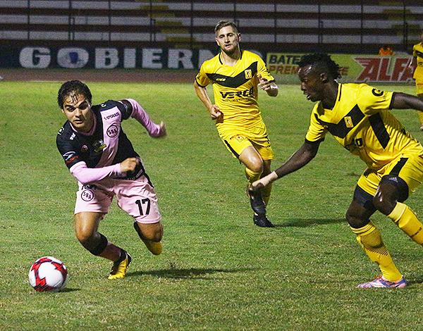 Piero Ratto (Foto: Prensa Sport Boys)