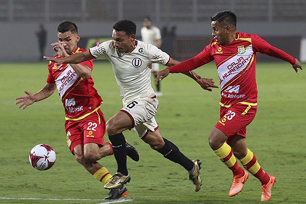 Arquímedes Figuera tuvo un partido encomiable. El venezolano fue de lo mejor. (Foto: Pedro Monteverde / DeChalaca.com)