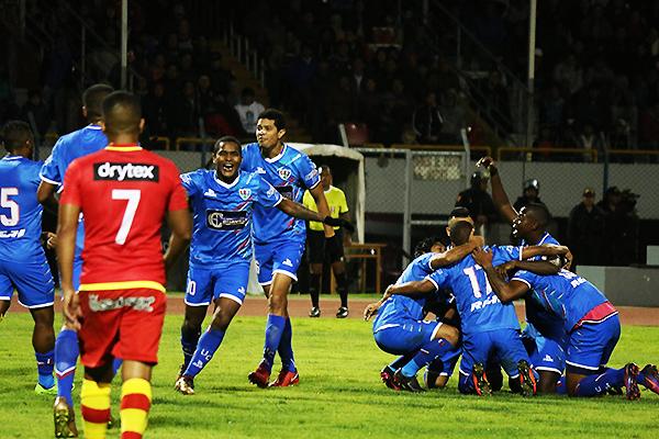 Juan Morales celebra su primer gol como profesional. Sin embargo, la alegría al final sería huancaína. (Foto: Guido Castillo / A Todo Deporte)