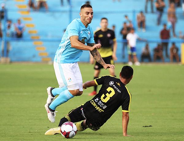 Herrera no pudo seguir con su racha goleadora. Sin embargo, en Cristal se espera que su cuota de gol siga alta. (Foto: Pedro Monteverde / DeChalaca.com)