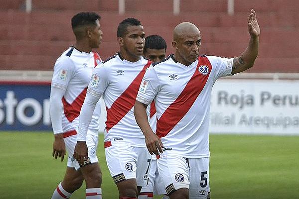 Murillo cumplió en el ataque edil. Su presencia puede darle frutos a Municipal. (Foto: Prensa Deportivo Municipal)