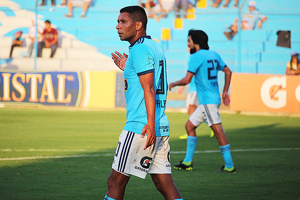 Desde su llegada a tienda rimense, Palacios no desentonó. (Foto: Fabricio Escate / DeChalaca.com)