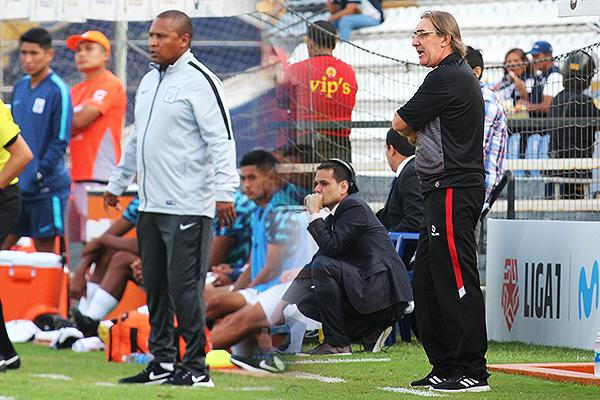 Reyes encontró buenas alternativas para hacerle frente a Pautasso. (Fotos: Fabricio Escate / DeChalaca.com)
