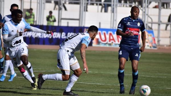 Ísmodes también hizo que Kambou Hervé la pase mal en algunos tramos del juego. (Foto: David Ramo / DeChalaca.com)