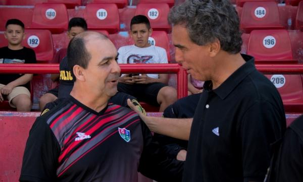 Aunque no hubo goles, tanto Aristizábal como Chemo salieron a proponer. (Foto: Emilio Ruiz / DeChalaca.com)