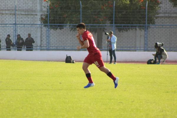 El boliviano Henry Vaca hizo su debut con camiseta merengue y le cambió la cara al ataque. (Foto: Larry Jalk / DeChalaca.com)