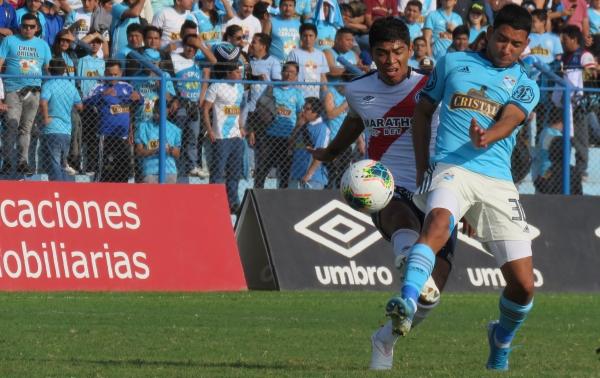 El 'Chorri' Palacios se mostró combativo y anotó el único gol del encuentro. (Foto: Mario Azabache / DeChalaca.com