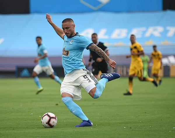 Emanuel Herrera se mantiene como la gran carta de gol (Foto: Álex Melgarejo / DeChalaca.com).