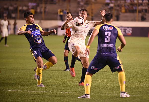 Germán Denis será el hombre gol de Universitario. (Foto: Álex Melgarejo / DeChalaca.com)