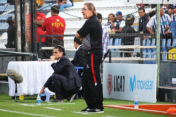 Pautasso ha tenido algunas desventuras con los árbitros. (Foto: Pedro Monteverde / DeChalaca.com)