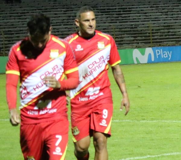 Velarde se fue de Huancayo con la cabeza gacha. (Foto: Juan Aquino / DeChalaca.com)