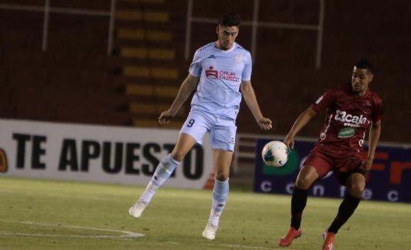 El novel Ormeño apenas jugó dos partidos, pero hizo relucir su ilustre apellido. (Foto: Fredy Salcedo / DeChalaca.com)