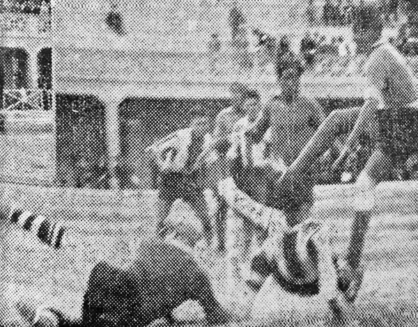 Alianza Lima pasó grandes apuros en su partido contra Apurímac, como en esta acción de ataque del equipo recién ascendido (Recorte: diario La Crónica)