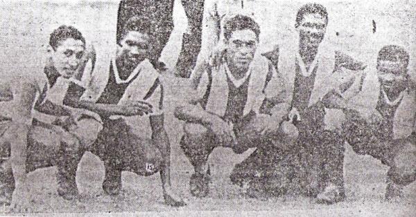 La delantera íntima que hizo historia un 12 de junio de 1949: Vargas, Roberto Castillo, Salinas, Félix Castillo y Pedraza (Foto: diario La Crónica)