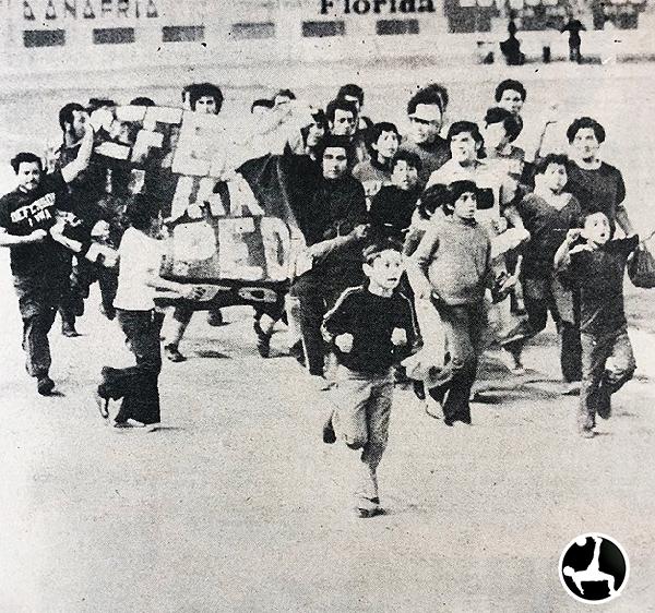 Defensor Lima se consagra campeón de la temporada 1973. (Recorte: diario La Crónica)