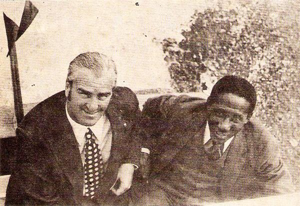 Roque Gastón Máspoli junto al brasileño Djalma Santos, quien dirigió a Boys en los setenta. El uruguayo era un tipo sencillo, algo que dejó marcado en la retina del fútbol peruano (Recorte: revista Ovación)