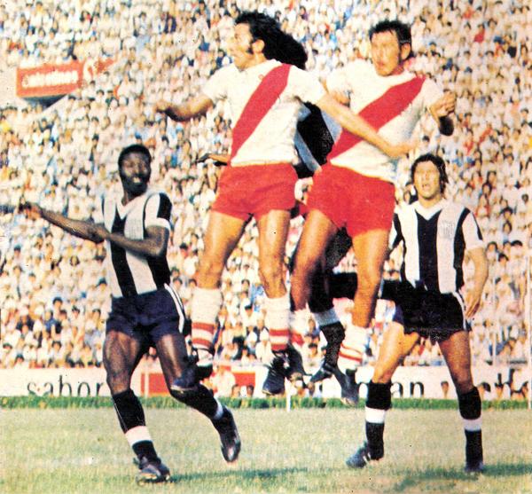 Ante Alianza Lima, el día que los íntimos superaron la resistencia de Alfonso Ugarte para vencer por 2-0 (Recorte: revista Otro Gol)