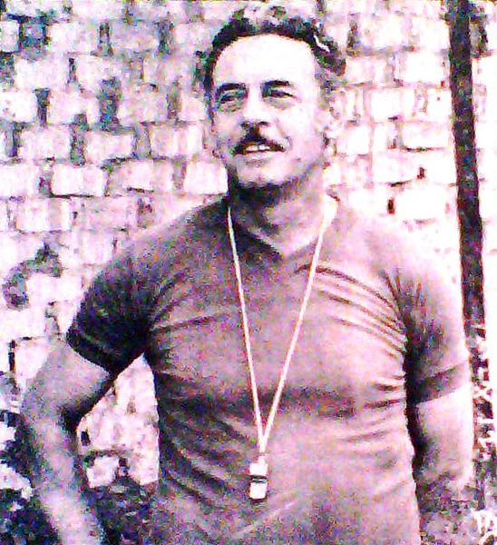 Como para no quejarse, el uruguayo Juan Eduardo Hohberg hizo historia con los compadres del fútbol peruano y sentó raíces hasta el día que se retiró (Recorte: diario La Crónica)