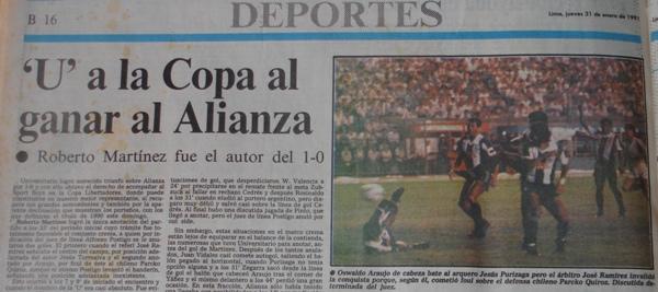 En un clásico con tres goles anulados, la 'U' venció 1-0 a Alianza y se clasificó campeón del II Regional de 1990. En la foto, el tanto que el juez José Ramírez invalidó a Oswaldo 'Torito' Araujo (Recorte: diario El Comercio, 31/01/91 p. B16)