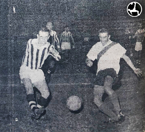 Tito Drago enfrentándose ni más ni menos que a su querido Deportivo Municipal. (Recorte: Diario La Crónica)