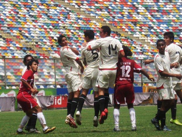 El año pasado, San Marcos también ganó en el Monumental a América Cochahuayco (Foto: Prensa Segunda División)