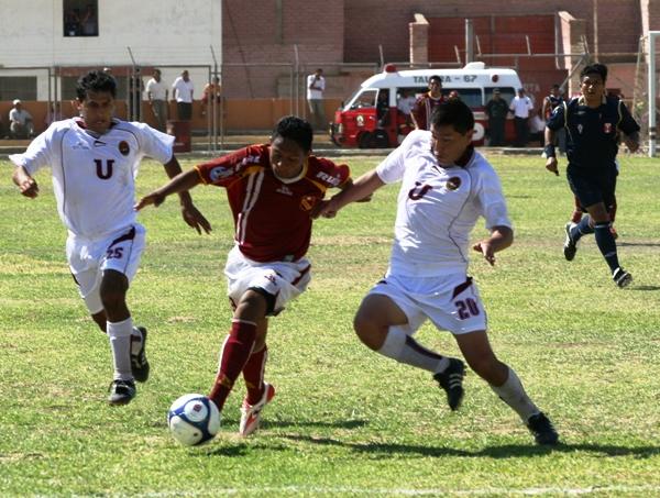 FECHA 1. En el primer partido de la temporada, los arequipeños rescatan un punto de su visita a Talara (Foto: Juan Ramírez)