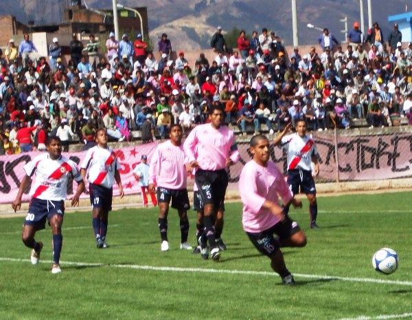 FECHA 9. En uno de sus mejores encuentros, Sport Águila supera con mucho sufrimiento a Sport Boys (Foto: diario Primicia de Huancayo)