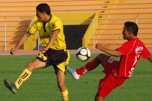 FECHA 01. En el primer partido de la temporada, los de Chancay comenzaron con el pie izquierdo perdieron contra Bolognesi en Tacna por 3-2 y Stagnaro anotó dos veces. (Foto: Leroy Maquera / Radio Uno de Tacna)