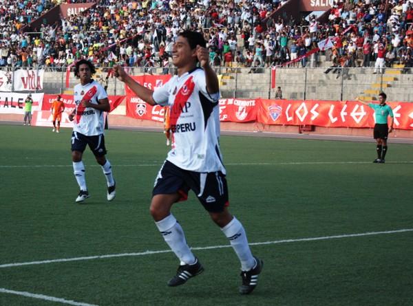 FECHA 02. A los 68 minutos, Medina sentenció el partido ante Minero gracias a un tanto de derecha. (Foto: diario de Chimbote)