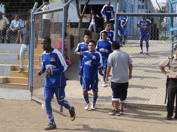 PARA CUMPLIR. Alianza Unicachi se presentaba sin ningun objetivo por el cual luchar en este campeonato. (Aldo Ramírez / DeChalaca.com)