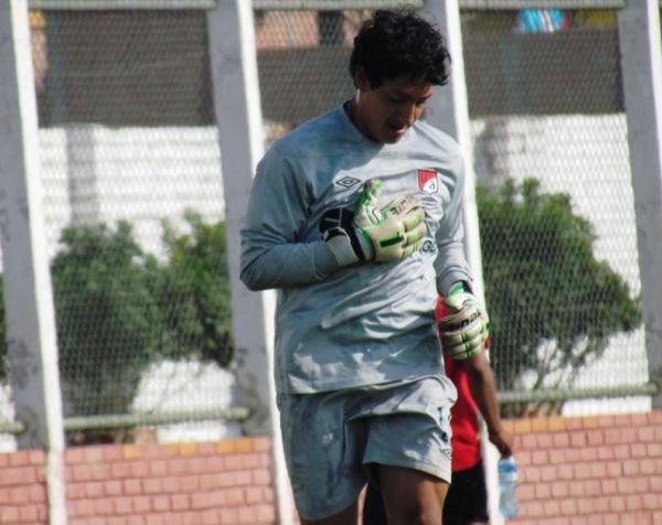 EL SUSTITUTO. Javier Sandoval sería el encargado de reemplazar a Náquira. (Foto: José Salcedo / DeChalaca.com)