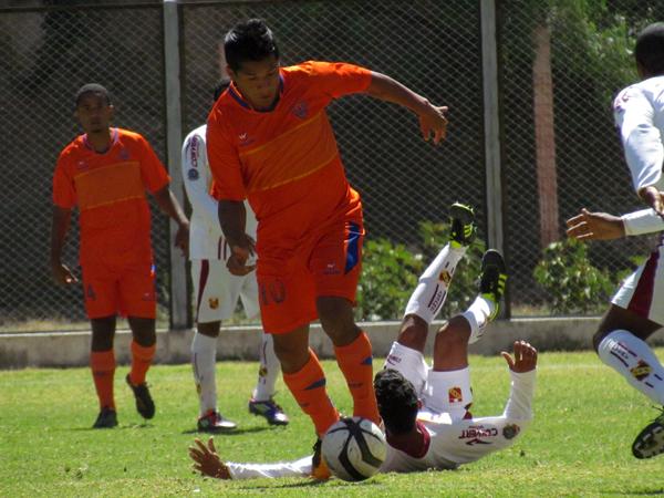 EL CAMBIAZO. Luis Rodolfo Ojeda ingresó en el segundo tiempo y logró tener una marcada importancia en la ofensiva local. (Foto: José Salcedo / DeChalaca.com)