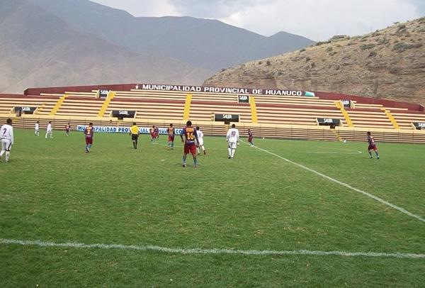 El marco de espectadores en el Heraclio Tapia fue desolador para un encuentro que pagó con goles la confianza de los pocos que fueron a verlo (Foto: Cable Visión Huánuco)