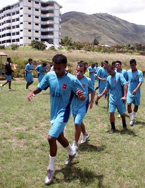 Alianza Universidad sigue su desarrollo como equipo en la Segunda División, siempre con el apoyo de la universidad huanuqueña (Foto: Mihay Rojas / DeChalaca.com)