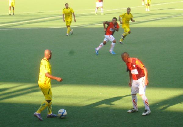 Si bien Serrano destacó por ser el goleador del partido, Martín Tenemás también cumplió una gran labor por la banda derecha.  (Foto: Davidson Arce / DeChalaca.com)
