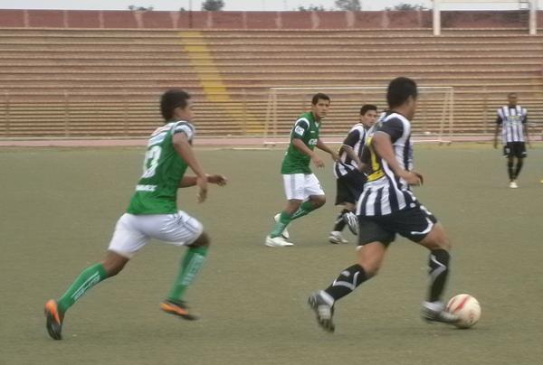 Los Caimanes sufrió más de la cuenta para derrotar a un combativo Sport Victoria. (Foto: Diario La Industria de Chiclayo)