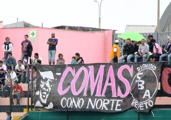 El Miguel Grau lució un poco más lleno que se costumbre. La afición rosada debe de seguir apoyando al equipo en su larga campaña por la Segunda. (Foto: Miguel Koo Vargas / DeChalaca.com)