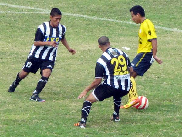 En la parte final Coopsol pareció conformarse con su ventaja tras el 2-0 por lo que pasó a administrar el balón para desesperación del equipo iqueño (Foto: Radio Líder de Chancay)