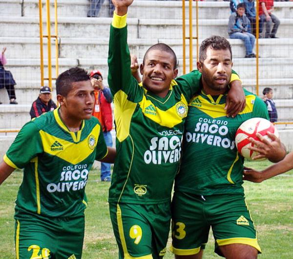 Renzo Benavides y el colombiano Leonardo Mina se apuntaron con un gol cada uno para que la 'Amenaza Verde' sacara tres puntos en un partido más complicado de lo esperado ante Alianza Cristiana (Foto: Panorama Huaraz)