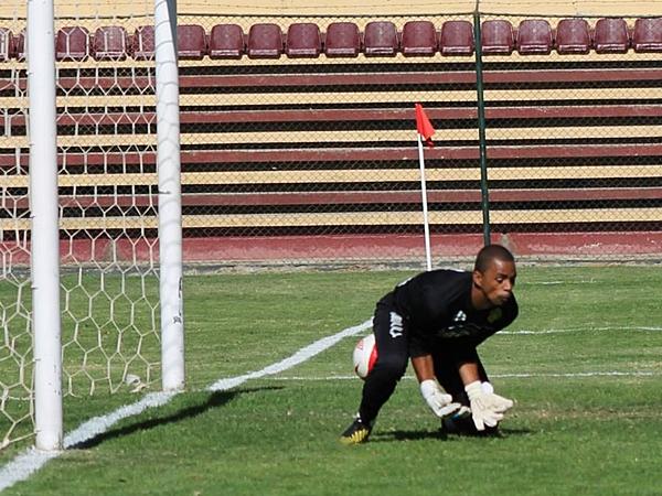 Hasta el siempre regular Juan Carlos Mosquera tuvo un blooper que, de cajón, irá al No Top 10. (Foto: Mihay Rojas / DeChalaca.com)