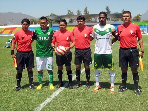 La cuarteta de árbitros a cargo de Jhon Rocca pasó un encuentro si apuros en Olmos (Foto: Igor Serrato / Portal Olmos)
