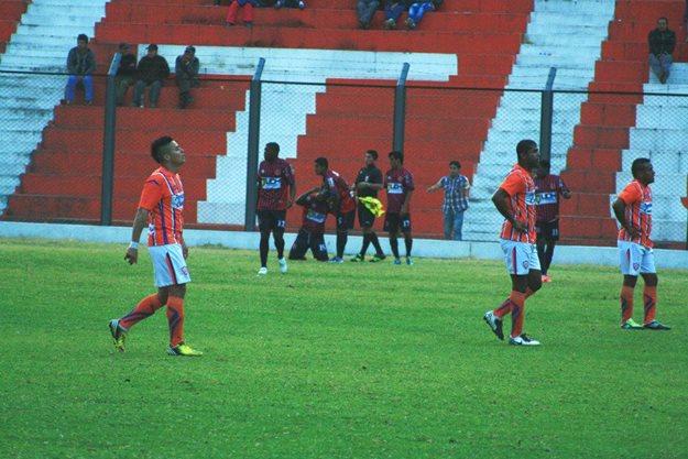 Celebración de Jesús Reyes luego de su gol a Minero en el empate 1-1 que Alianza Universidad obtuvo en Matucana el año pasado. (Foto: archivo DeChalaca.com)