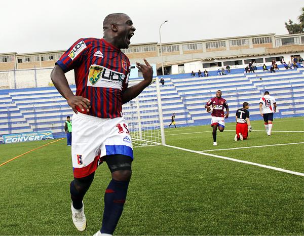 Dos años consecutivos lleva Jesús Reyes como el más efectivo de la Segunda División (Foto: Miguel Koo Vargas / DeChalaca.com)