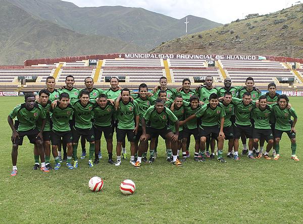 Por ahora, al plantel de Alianza Universidad le ha ido mejor en los entrenamientos que en los partidos amistosos que ha disputado (Foto: Mihay Rojas / DeChalaca.com)